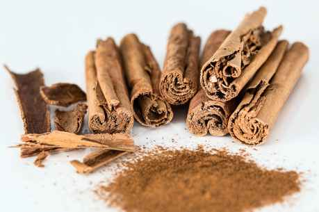 cinnamon-stick-cinnamon-powder-spice-flavoring-47046.jpeg